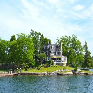 What to Know About Buying a Waterfront Home